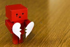 bật mí 5 giai đoạn trong tình yêu