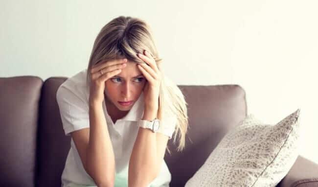 6 Nguyên nhân & 10 dấu hiệu nhỏ của bệnh trầm cảm phụ nữ phải chú ý 2