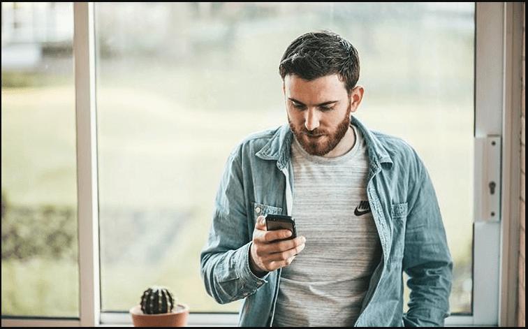 Tâm lý con trai khi nhắn tin