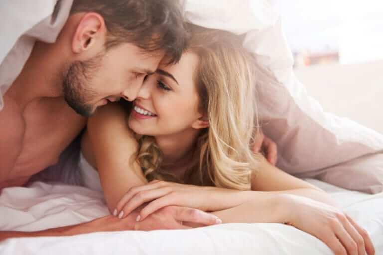 Tâm lý con trai lần đầu quan hệ - Cảm xúc ngổn ngang